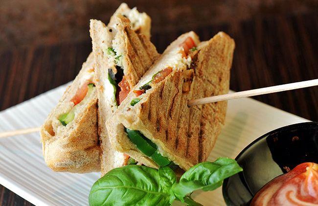 -Bico-espinafre-Sandwich