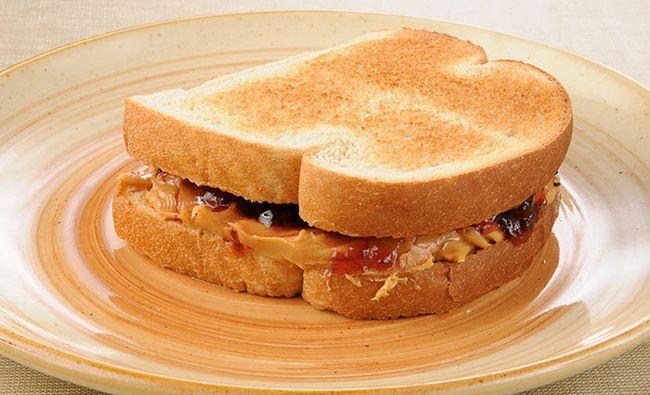 Berry-E-Almond-Butter-Sandwich
