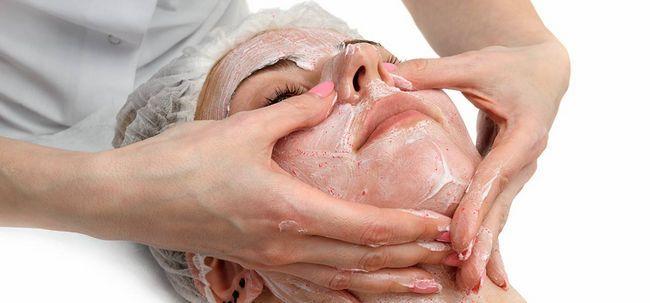 10 benefícios Marvelous de esfregar para sua pele Photo