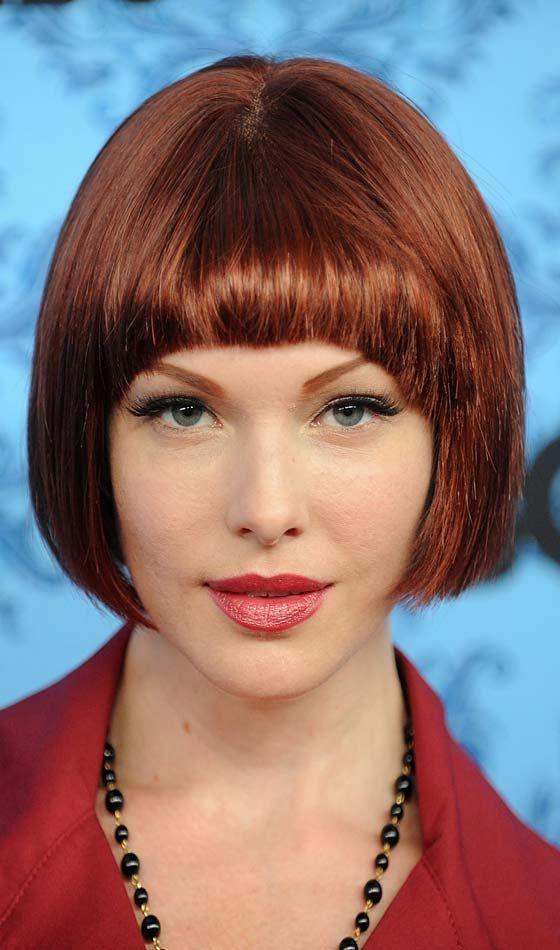 penteado bob vermelho liso