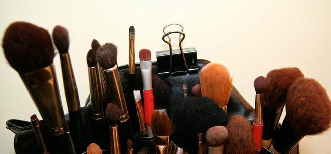 10 deve seguir dicas para obter a pele brilhante para Noivas Photo