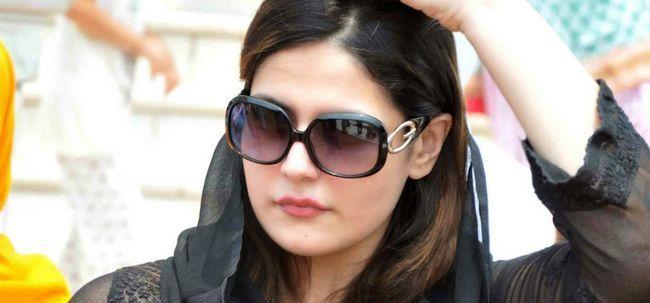 10 fotos de Zarine Khan sem maquiagem Photo