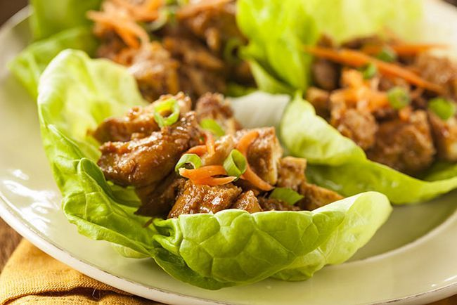 Chicken-salada-In-Alface-Cups