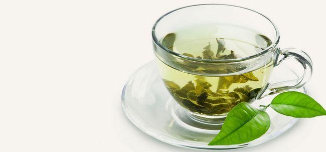 10 maneiras simples em que o chá verde pode ajudar a reduzir Acne Photo