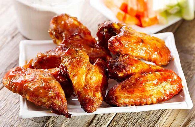Asse o frango crocante usando uma alternativa mais saudável à farinha