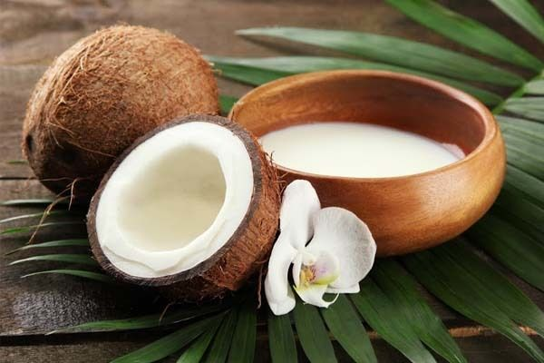 7 remédios caseiros simples para controlar a queda de cabelo