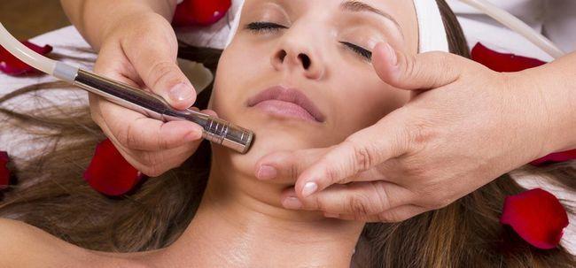 3 tipos de tratamentos faciais eletrônico e seus benefícios Photo