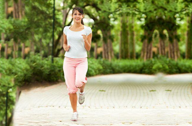 exercícios de casa para os braços flácidos