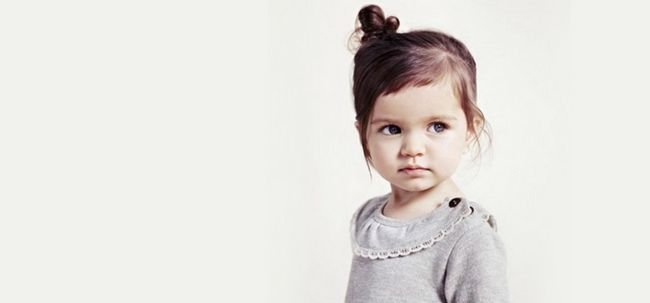 4 penteados simples para as crianças com cabelo curto Photo