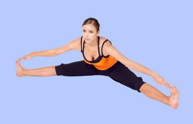 Wide-Angle-Sentado-Forward-bend