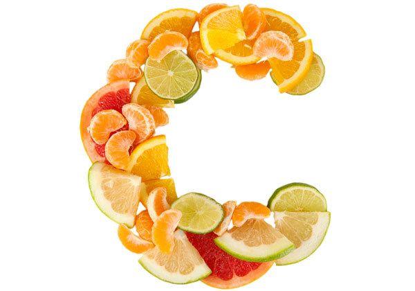A vitamina C para cuidar da pele