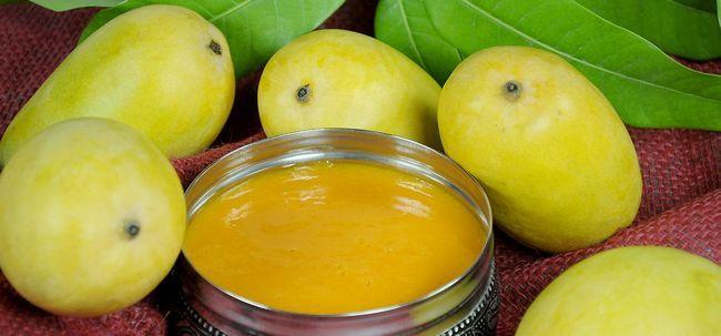 5 Mango cara Packs que trabalham maravilhas para sua pele Photo