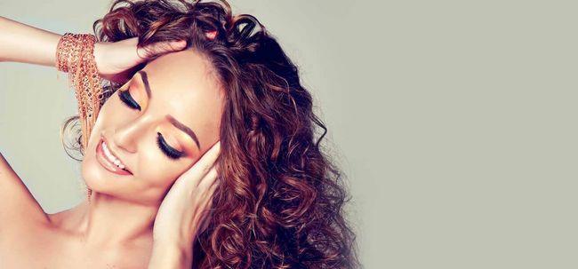 5 métodos para arrumar o cabelo encaracolado Photo