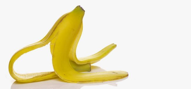 5 passos simples de usar Banana Peel tratar a acne Photo