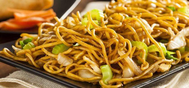 5 yummilicious chinesa Egg Noodles Recipes você deve tentar Photo