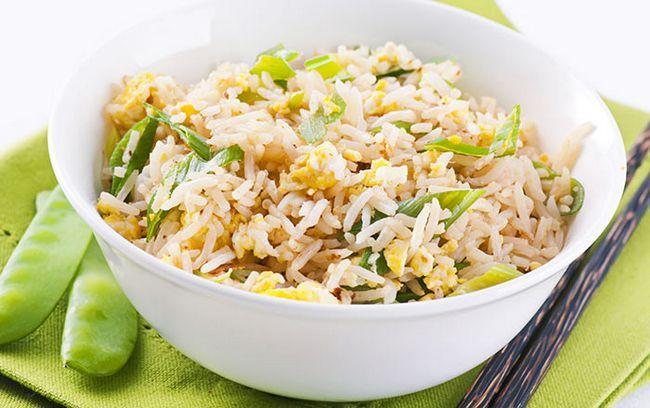 Fácil Egg Fried Rice