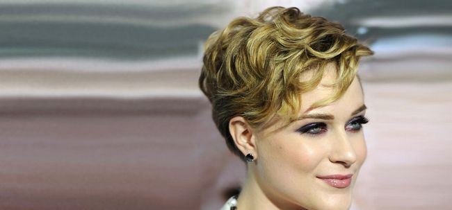 50 surpreendente Layered penteados para cabelo crespo Photo