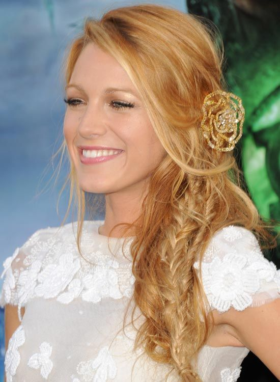 Desgrenhado-Side-Braid-com-Bang-e-Side-varredura