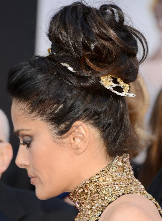 Huge de alta-Twisted-Bun-com-Puffy-Top-and-cabelo-Wrap