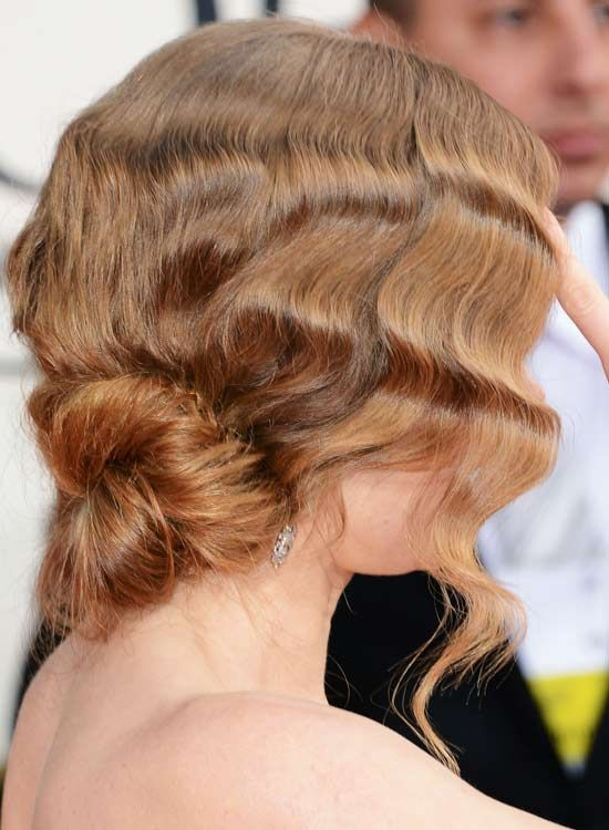 Twisted-Low-Updo-com-texturizados-Waves