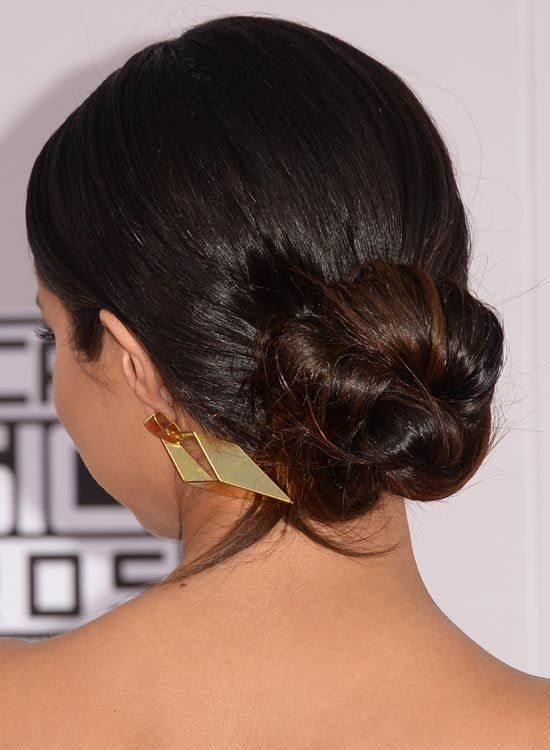 Low-Polido-Twisted-Updo-com-Highlights