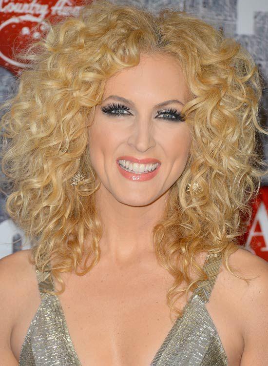 Full-Head-Blonde-Curls-com-Parte Médio