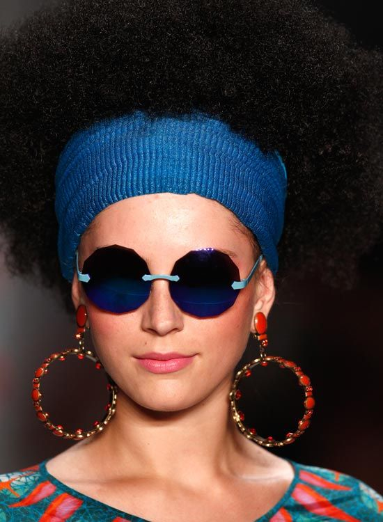 Afro-texturizados-Bushy-Bob-com-Wide-Headband