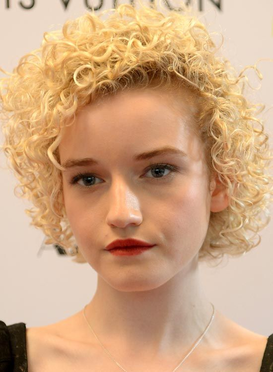 Thin-Delicate-Full-Head-Ondas-on-Blonde-Bob