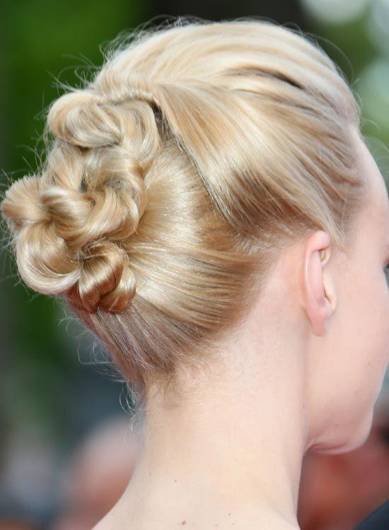 Altamente Twisted-penteado-com-Puffy-Crown