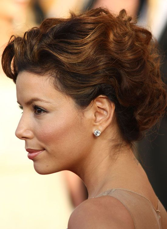 Twisted-e-texturizados-Curly-Updo