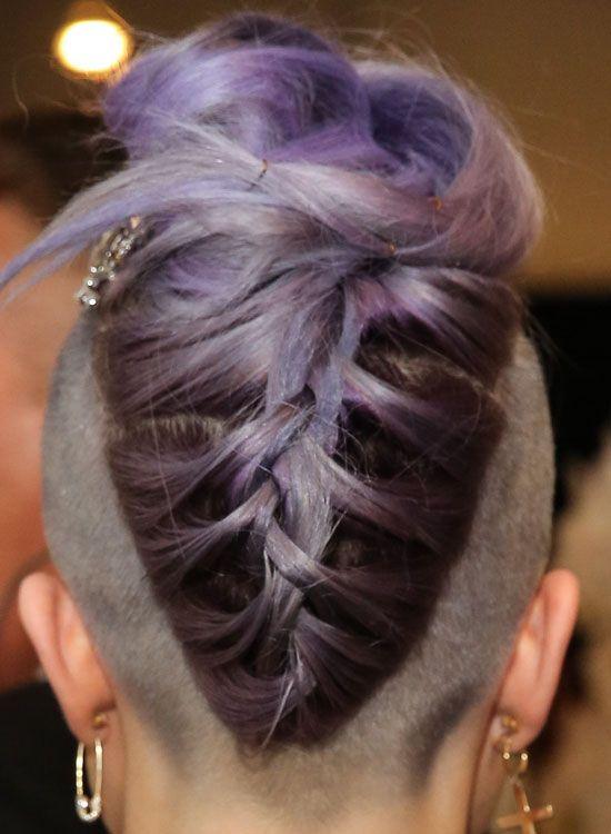 -Upside-Down Triangular-Purple-Braid-com-dobrados-Ends