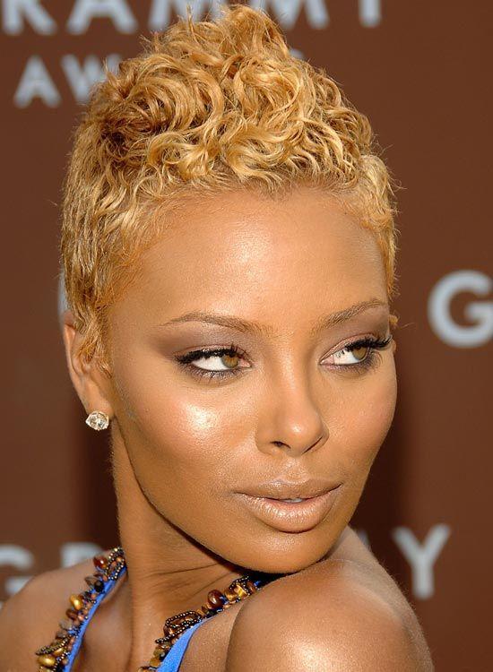 Muito curto-cabelo-com-altamente texturizados-Wavy-Top