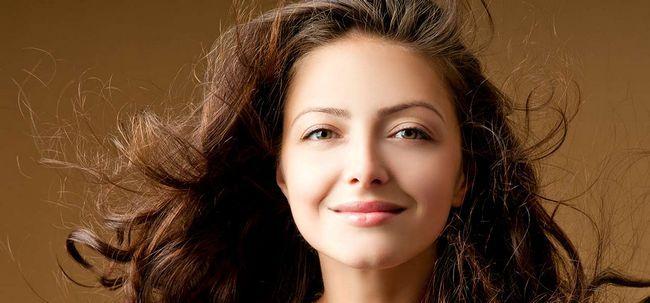 6 Home remédios para restaurar a umidade eo brilho ao seu cabelo Photo