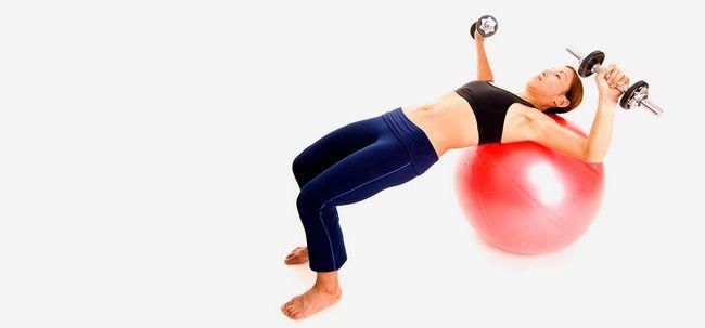 6 maravilhosos benefícios da estabilidade Chest Press exercício para fortalecer seu corpo superior Photo