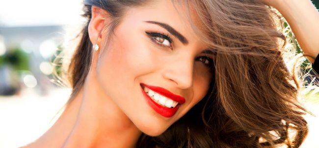 7 passos fáceis para começar Fuller Lips Without A Cirurgia Photo