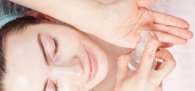 7 etapas simples de usar óleo de rícino tratar a acne Photo