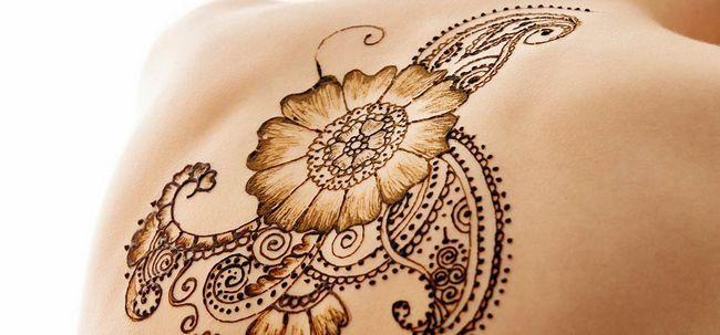 8 Most Popular Mehndi Tattoo Photo