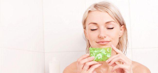9 benefícios surpreendentes de glicerina para a pele oleosa Photo