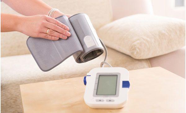 Monitor de pressão arterial em casa