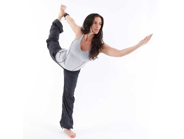 corpo gracioso para a ioga
