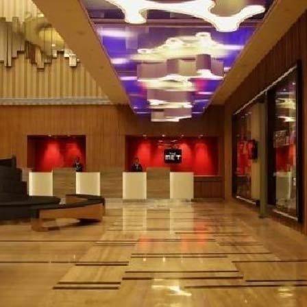Metropolitan Hotel spa