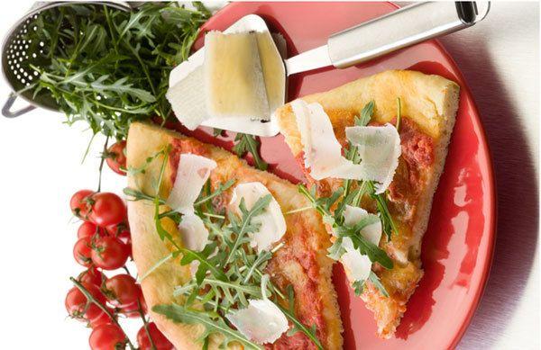 Rúcula pizza com queijo de cabra