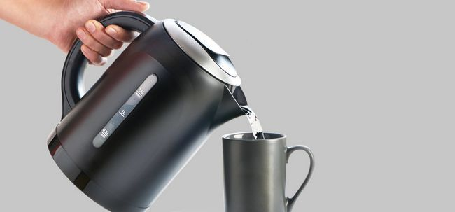 Faz Beber água quente ajuda a perder peso? Photo