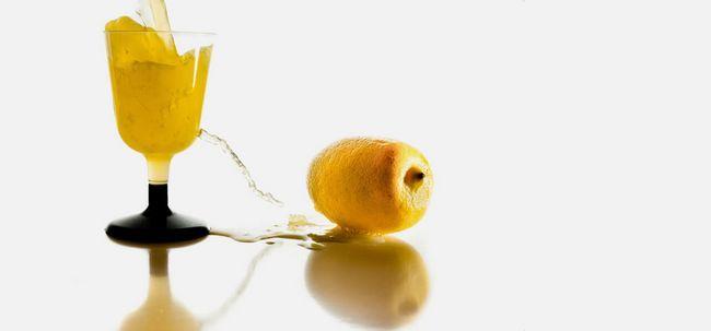 Será Beber suco de limão ajuda a perder peso? Photo