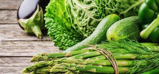 Dieta verde - 10 alimentos saudáveis que você deve deve incluir na sua dieta Photo