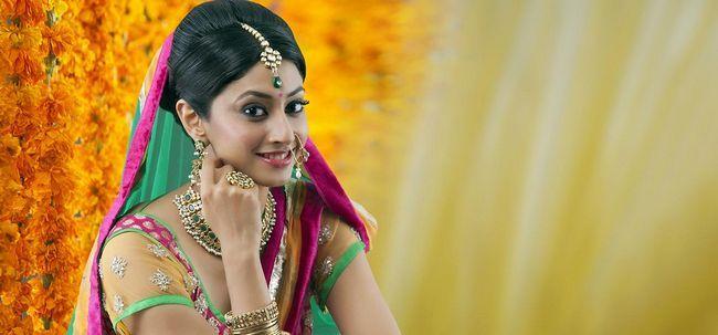 Hindu Tutorial de maquiagem nupcial - Com Etapas detalhadas e imagens Photo