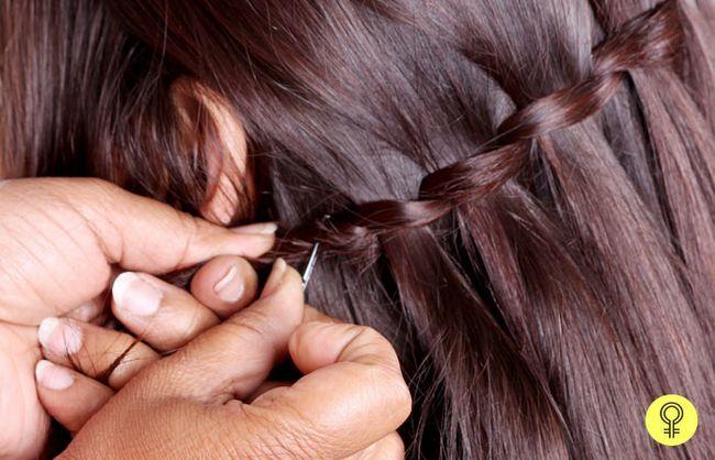 fios de cabelo soltos