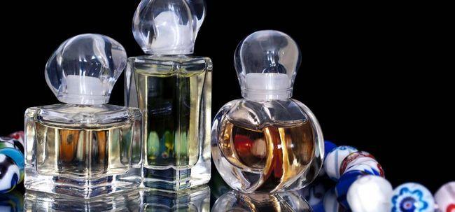 Como fazer seu próprio perfume? Photo