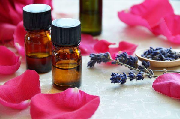 Rosemary óleo para tratamento da caspa