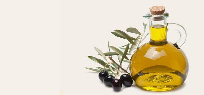 Como usar o azeite para obter a pele brilhante? Photo